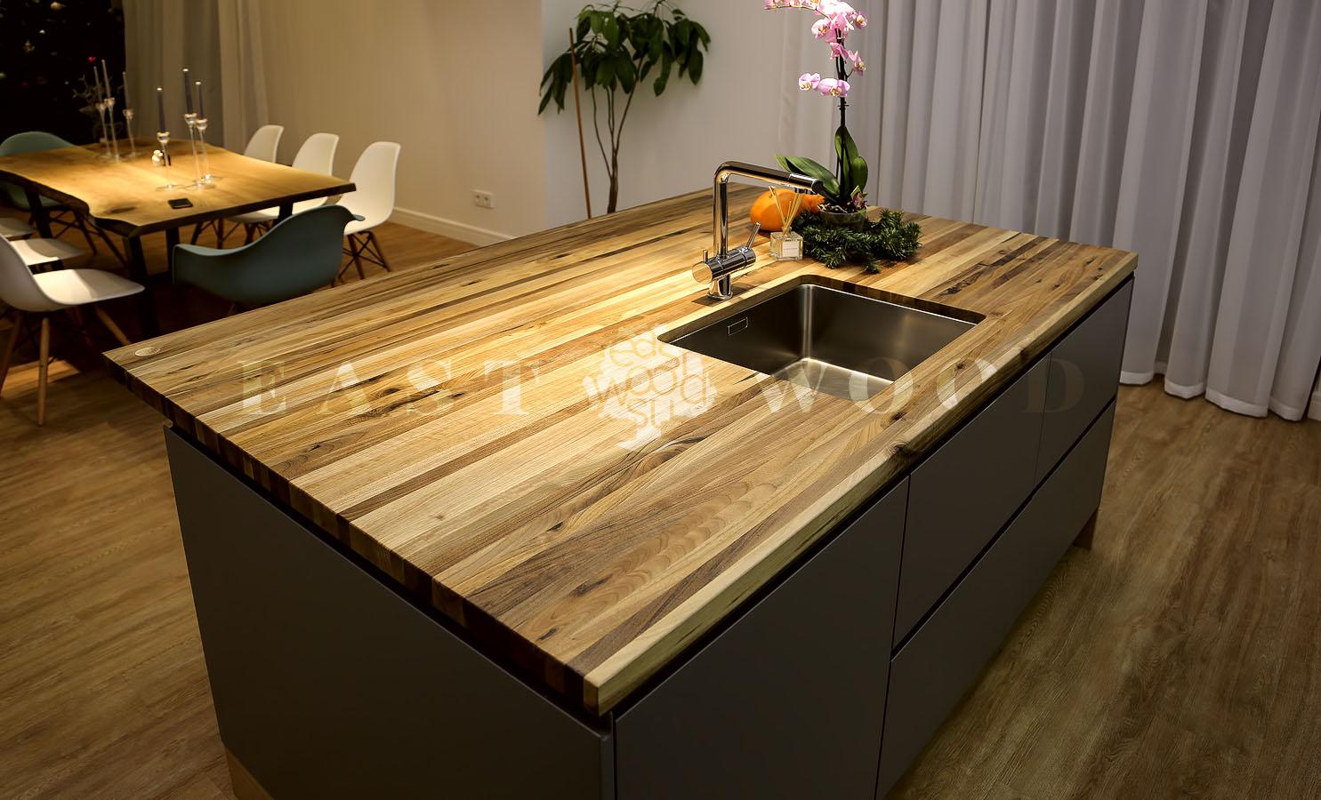 Кухня массив дуб столешница столешница лосось глянец
