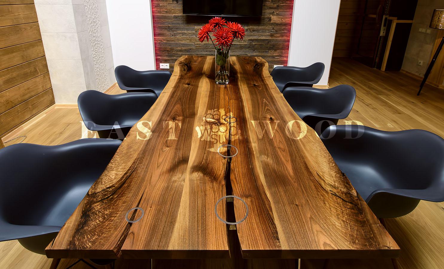 Красивая мебель столы из натурального дерева